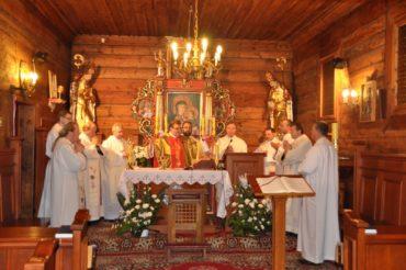 Msza św. koncelebrowana przez kapłanów wyświęconych w 1994 roku